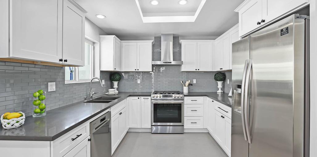 Model E-Kitchen1.jpg