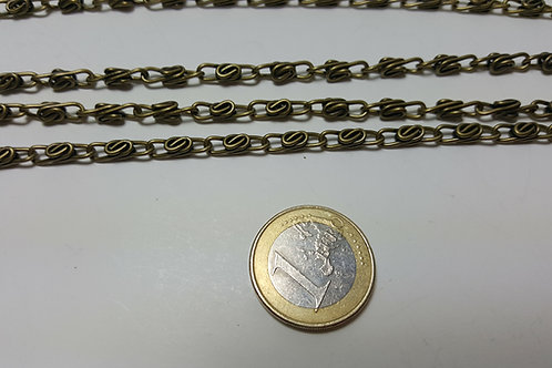 Asa cadena de 1.20 metros color bronceanillas de 1 cm en forma retorcida
