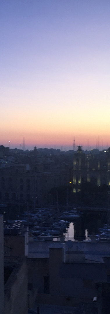 Sunrise over Cottonera