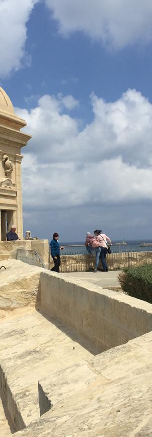 Watch tower at Gardjola Gardens
