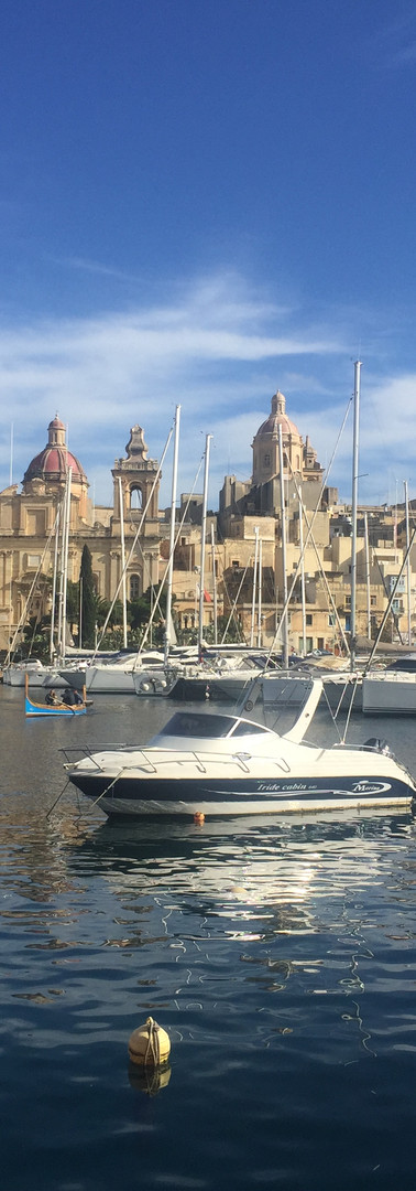 ferry to the Cottonera