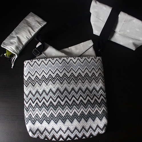 Medium Handbag -Monochrome Zig Zag