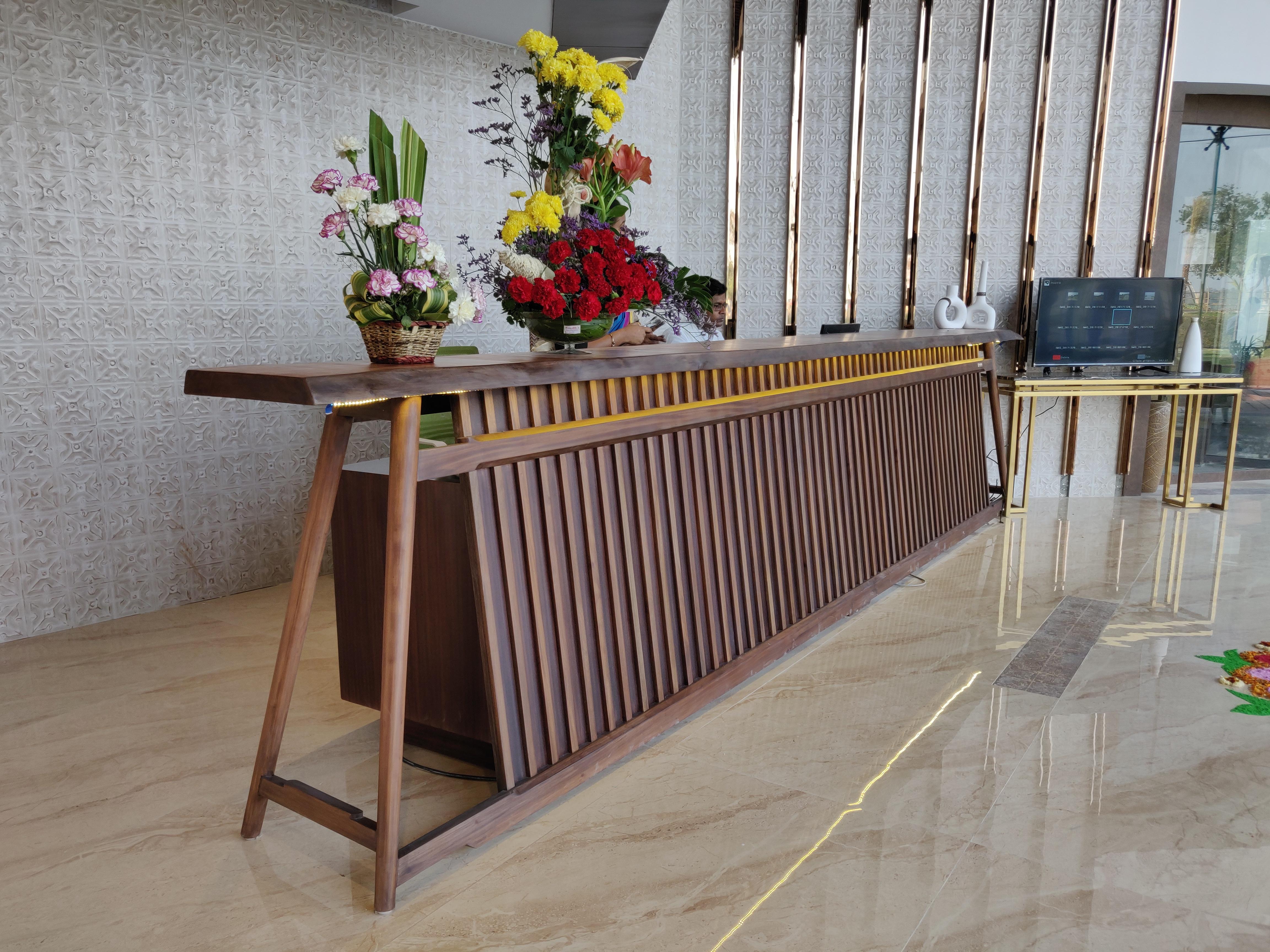 HOTEL SONAR BANGLA, TAKI. 2018