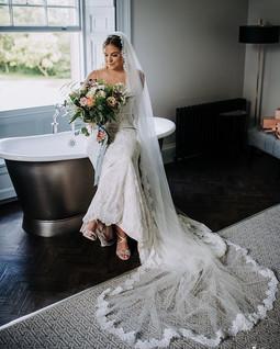 That NatalieKate Bridal Glow... 💫💫✨✨ O