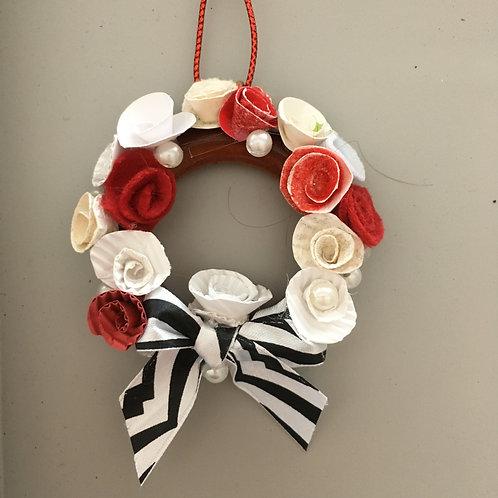 Miniature wreath tree decoration