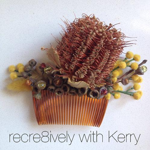 'Aussie Floral' haircomb