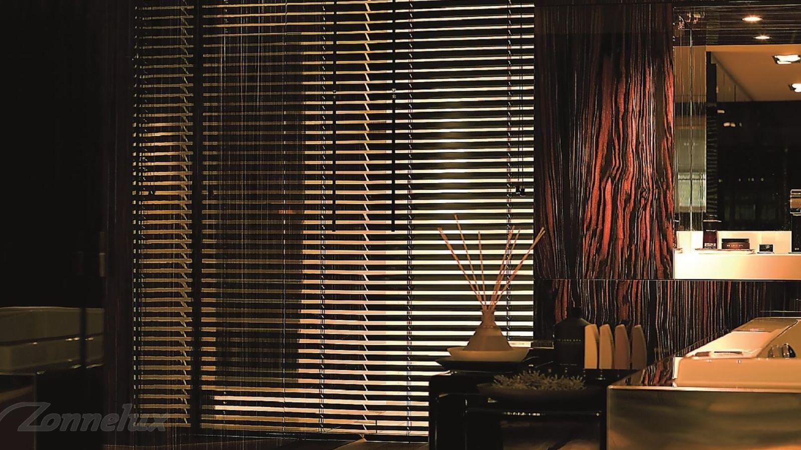 Dina raamdecoratie houten jaloezieën
