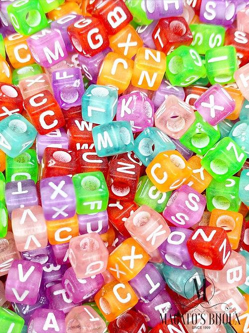 Contas de Letrinhas Quadradas Transparente Coloridas