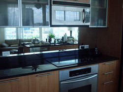 mirrored kitchen backsplash
