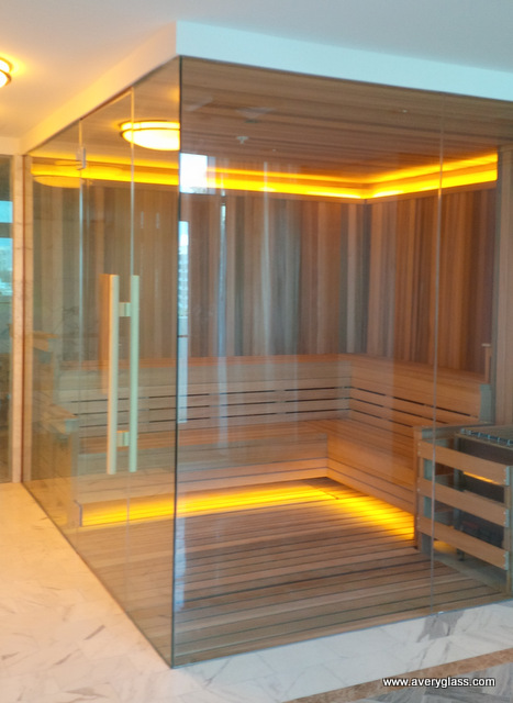 Hotel glass sauna enclosure