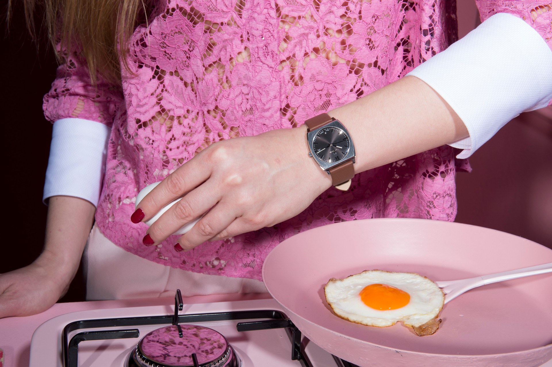 fashion, fashion photograpy, jewelery, style, accessories, color, lifestyle, fried egg, cookies, pink, stills, estura, vlado golub photography