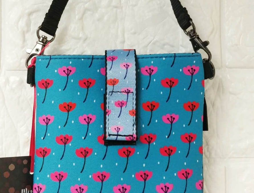 Light weight protection mobile phone pouch with red floral pattern