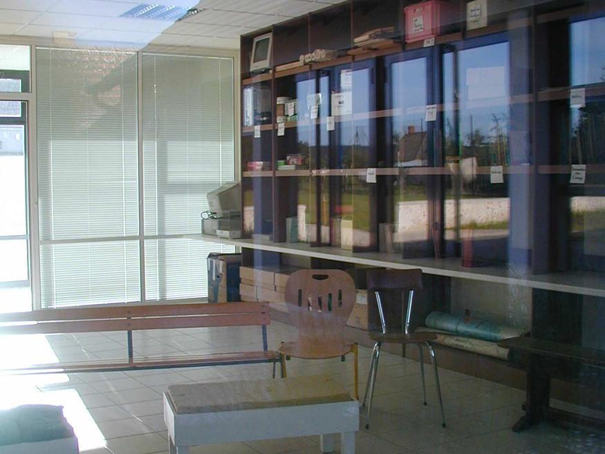 Ecole de Broué - Intérieur d'une salle de classe