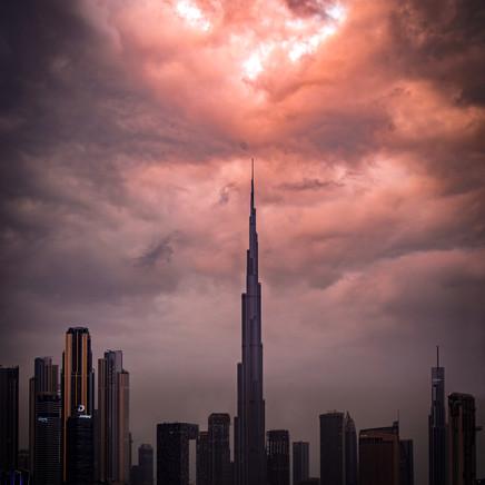 Thunderstorm Burj Khalifa.jpg