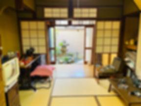 昭和の普通のお家スタジオ+1_中上貴也_1.jpg