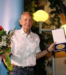 Nouveaux prix littéraires à Milko Valent