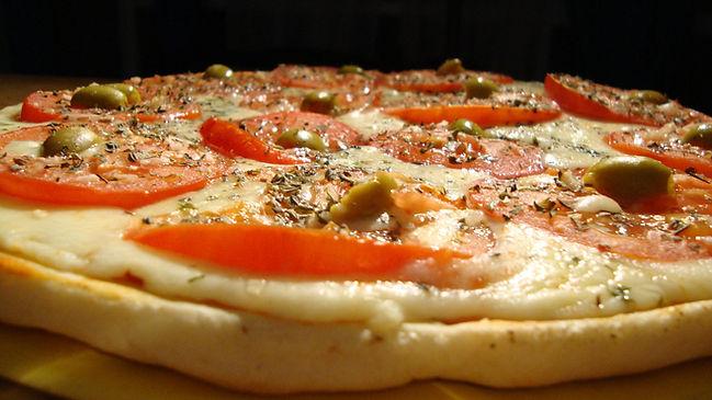 Pizzas , Empanadas y Crepas