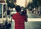 Como segurar a câmera de vídeo