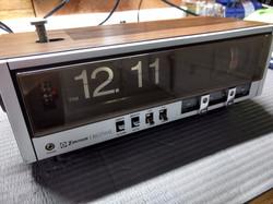 Emerson Flip Clock