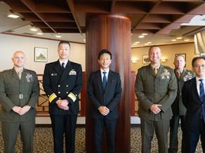 岩国の海上自衛隊、アメリカ海兵隊とワーキングランチ