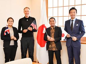 日本で活躍する外国人の方々との意見交換