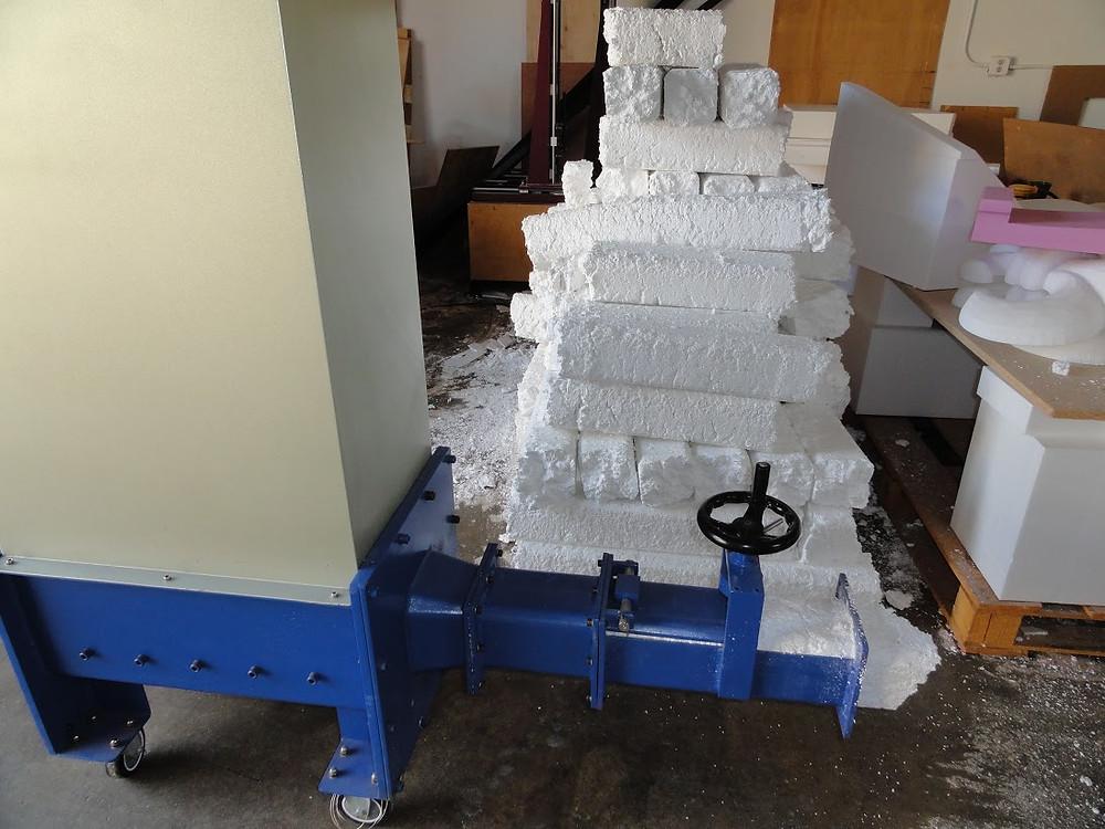 EPS foam compactor