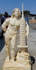 Oversize foam sculpture by WeCutFoam