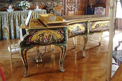 Piano rectangulaire ERARD L'artisan du piano Montpellier accordeur