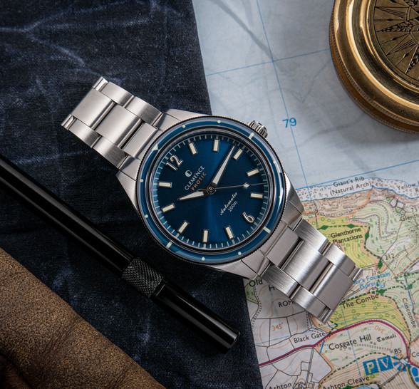 Photic Diver with a sunburst Atoll Blue dial