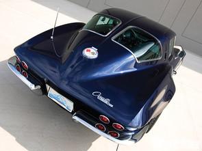 vemp_1102_08+1963_chevrolet_corvette.jpg