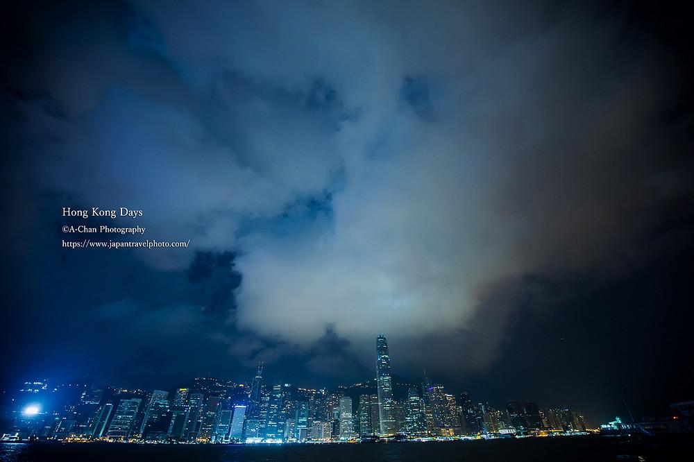 (2)10月の熱帯夜。 香港の熱気が作り上げる水蒸気 ©A-Chan Photography/ Eiichi Matsuyama