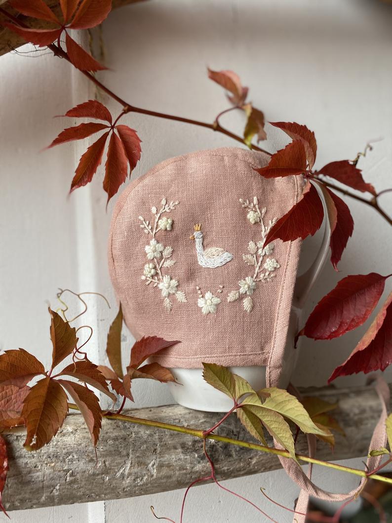 Swan embroidered bonnet.jpg