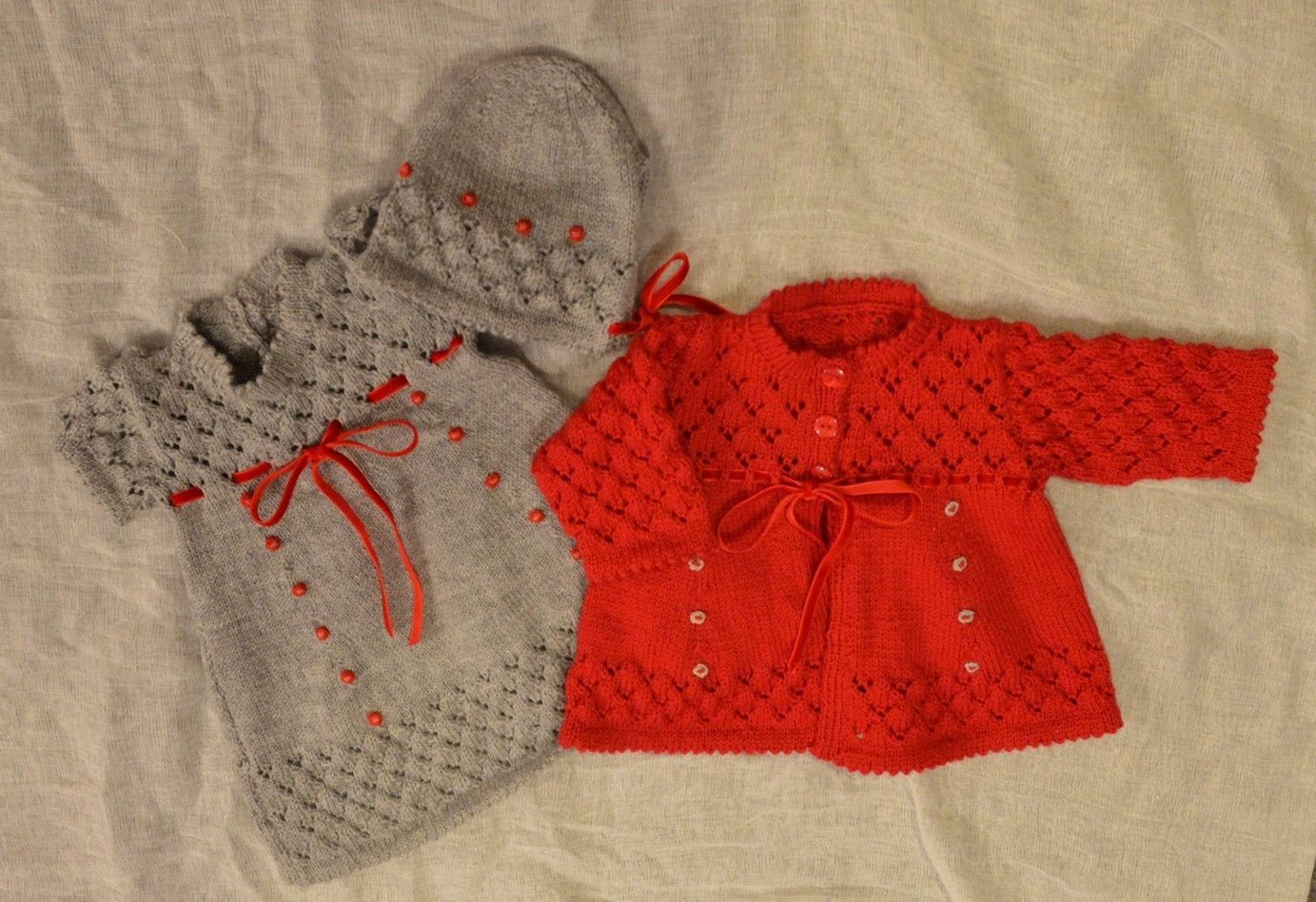 Grey red knitted layette set.JPG