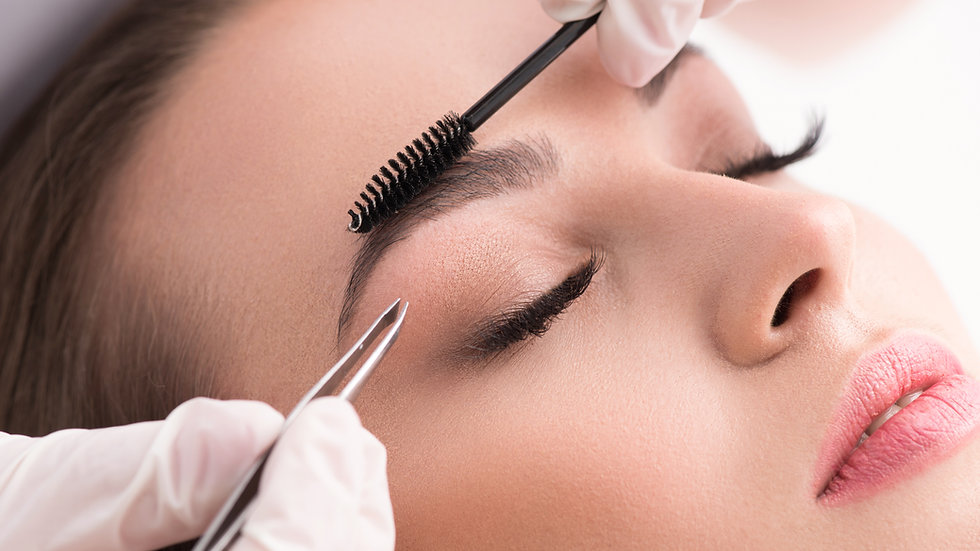 Long-lasting eyebrows styling