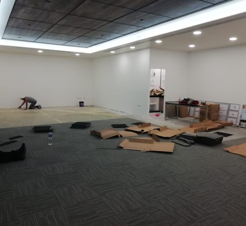 alfombra modular para oficinas