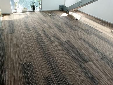 alfombra modular tipo duela  1.jfif