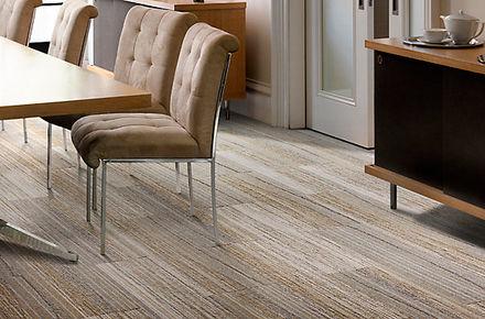 alfombra modular rayada