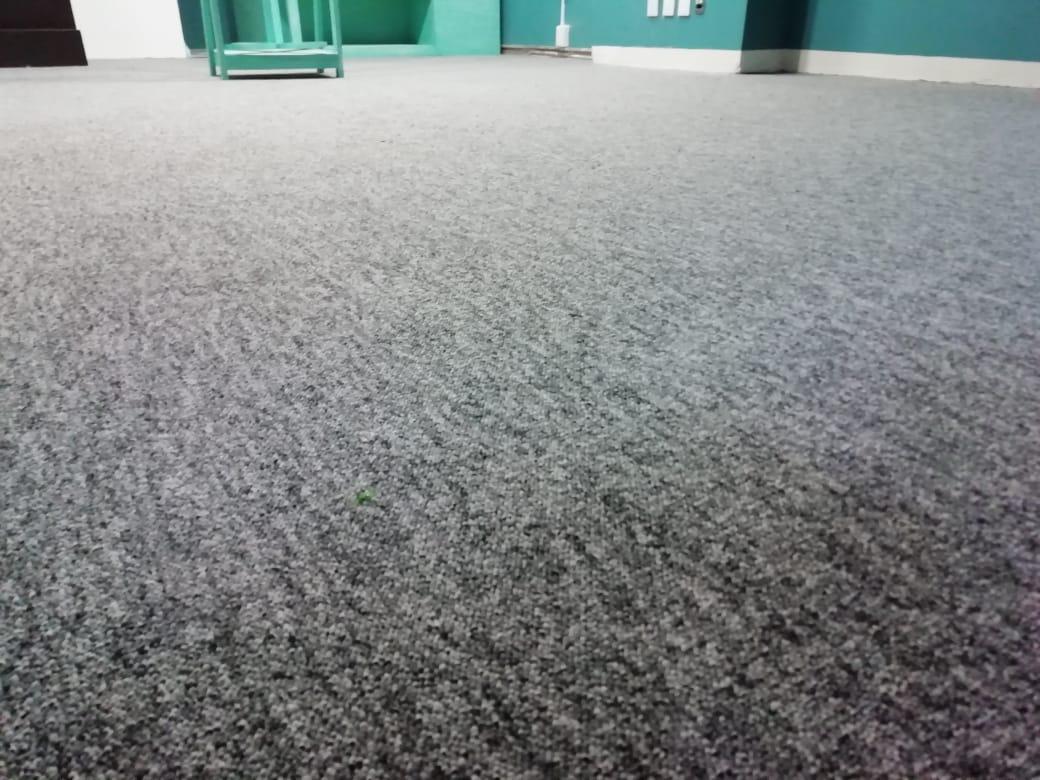 alfombra de uso rudo