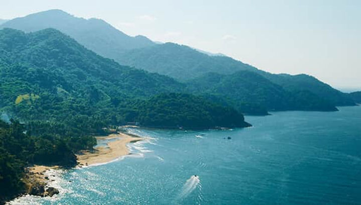 Mountain Yoga Retreat Beachside