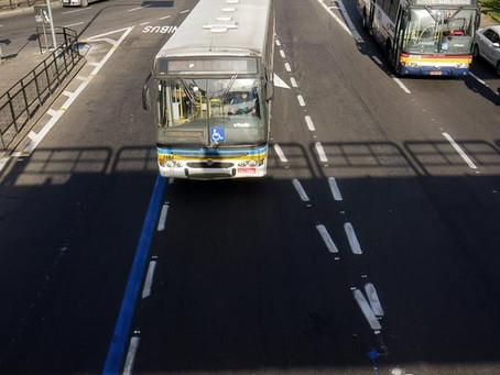 """Ramiro questiona ETPC sobre as """"faixas azuis"""" no trânsito da Capital"""