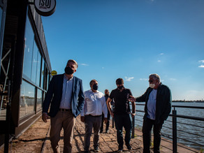 Vereador Ramiro Rosário visita obras do novo Cais Embarcadero à beira do Guaíba