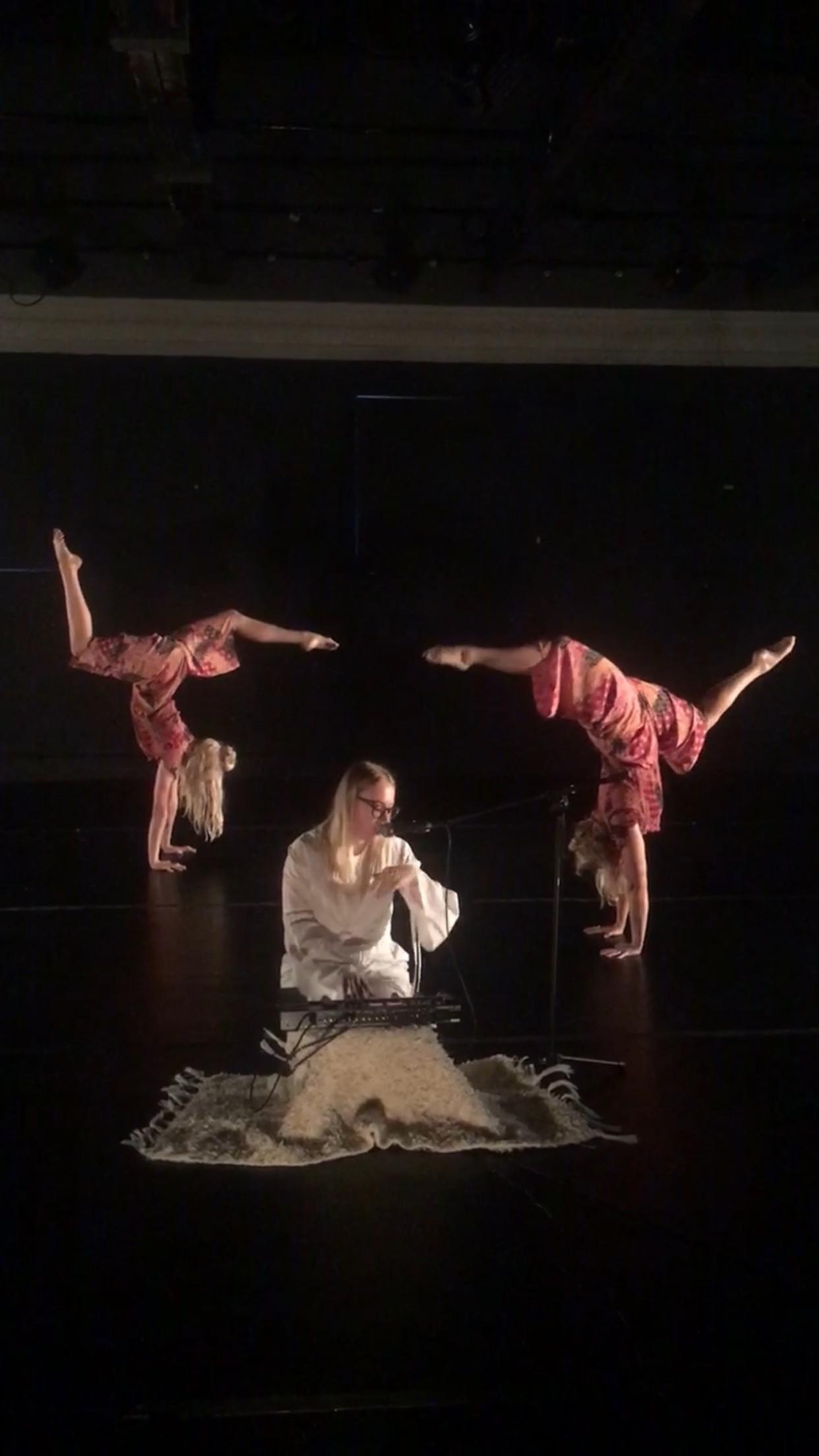 O R L A live performance!