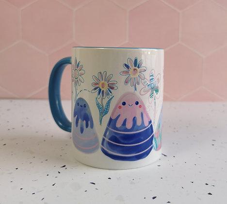 Smiley mountain scene mug