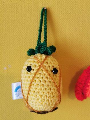 Crochet pineapple car buddy