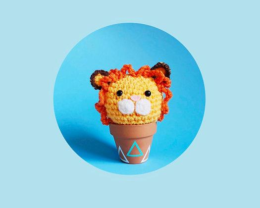 Crochet lion in a pot