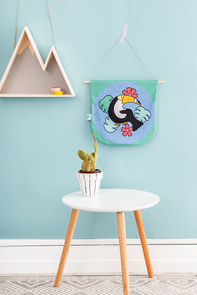 Toucan bird wall hanger