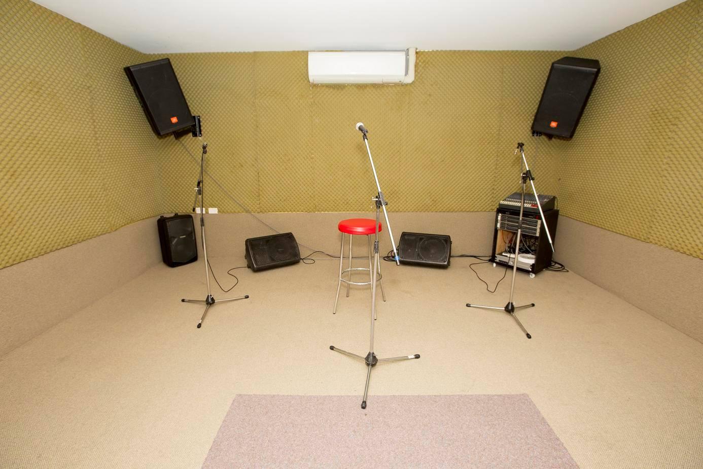 reheasal6.jpg