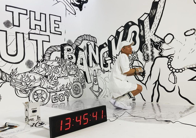Dee Sweetdrug's 24 hours Live painting.