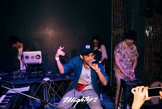 BEANS X MIGHTY1 X RICH KID PRESENT   Kero One : ONE NIGHT IN BANGKOK
