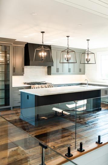 Custom kitchen Blue Mountain